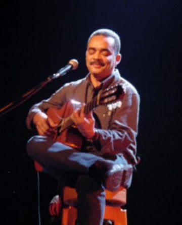 La música brasilera omplirà avui El Siglo