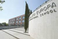 L'equip de govern rectifica i no limitarà, per ara, l'aparcament a l'entorn del col·legi Europa
