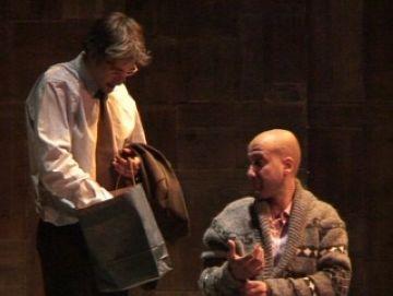 'Exitus' aconsegueix fer riure el públic amb un muntatge basat en la mort
