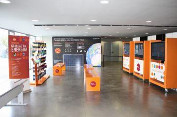 L'exposició 'Gradua't en energia!' s'instal·la al vestíbul de l'Ajuntament