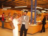 L'exposició es pot visitar a la Biblioteca del Mil·lenari i recull part de la col·lecció privada del periodista Jordi Robirosa