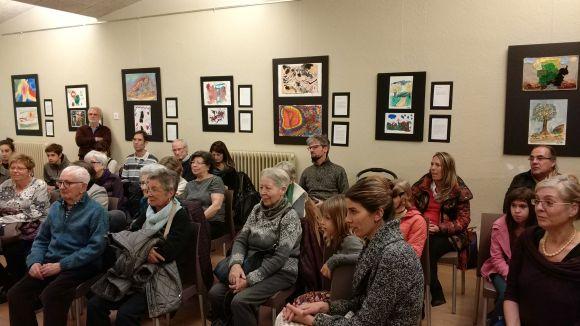 L'Associació per al Parkinson reivindica els beneficis de l'artteràpia amb una mostra a la Llar d'Avis