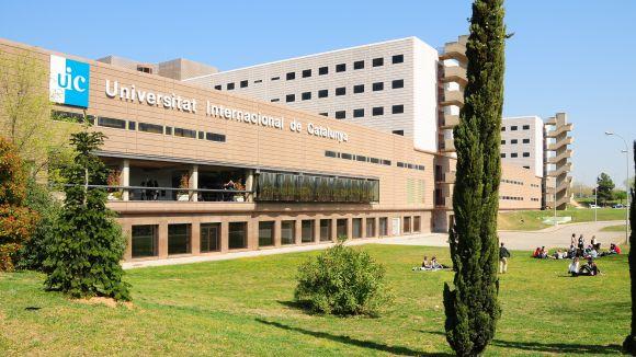 La facultat d'Odontologia de la UIC incorporarà aparells electrònics d'última generació