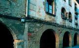 El programa de rehabilitació canviarà la imatge de les façanes de les cases més antigues de la ciutat