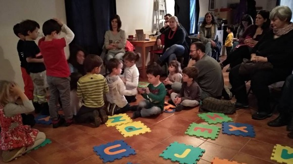 Famílies en Xarxa: Taller: 'Experimentem, creem i reflexionem!'