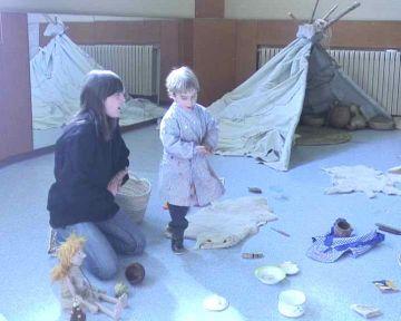 L'Escola Infantil La Farga apropa la història als més petits a través de tallers