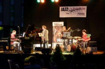 Els ritmes llatinoamericans i africans es fusionen amb el jazz en les darreres actuacions de 'Jazz a la Plaça'