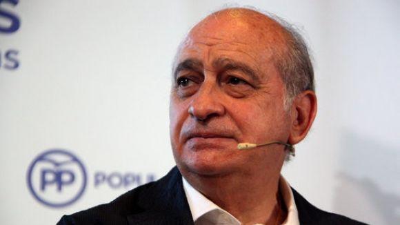 Sant Cugat demana la dimissió del ministre Fernández Díaz