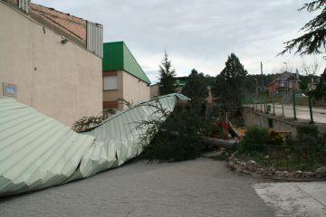 Les obres de rehabilitació de les finestres de l'escola Ferran i Clua s'acabaran el 2011