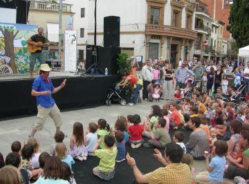 La Festa de la Cooperació manté el nombre de projectes solidaris malgrat la crisi
