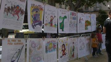 Petits i il·lustradors elaboren el 21è Llibre Gegant de la ciutat