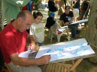 Nens i il·lustradors donaran forma al Llibre Gegant aquest diumenge a la plaça Barcelona