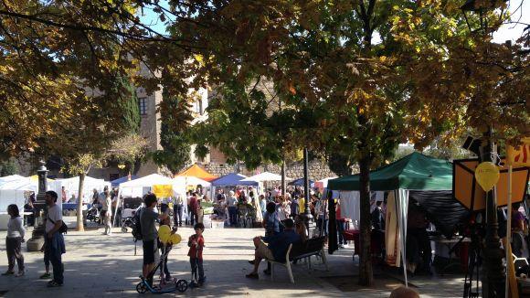 La plaça d'Octavià ha estat l'escenari de la Fira d'Entitats