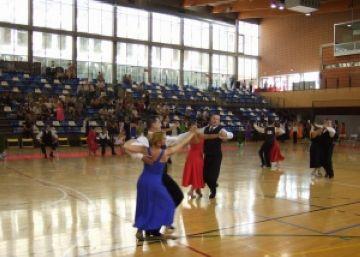 196 parelles han disputat la 1a edició del torneig de balls de saló