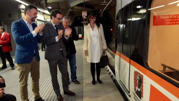 FGC bateja dos trens amb els noms dels escriptors Caterina Albert i Joaquim Carbó
