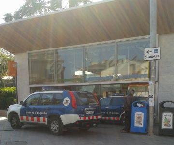 Detingut un home per amenaçar un vigilant de seguretat a l'estació de Sant Cugat