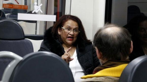 Les parelles lingüístiques arriben a la línia del Vallès del FGC per impulsar el català