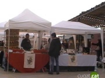 El Mercat d'Artesans d'octubre incorpora una carpa de tallers pels més petits