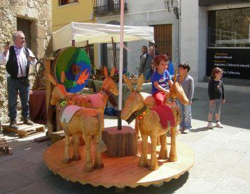 Els comerciants traslladen el barri del Monestir als 60 per dinamitzar les vendes