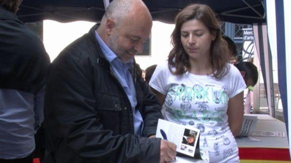 Els escriptors locals, esperançats amb les vendes d'aquest Sant Jordi