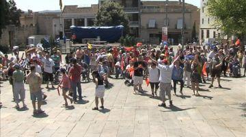 Èxit a la xarxa del primer 'flash mob' amb persones amb discapacitat