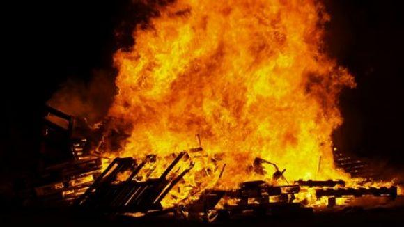 Obert el període per sol·licitar fer fogueres per a les revetlles