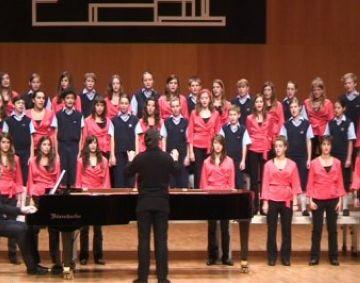 El recital 'Los Chicos del Coro' s'emporta un calorós aplaudiment del públic santcugatenc