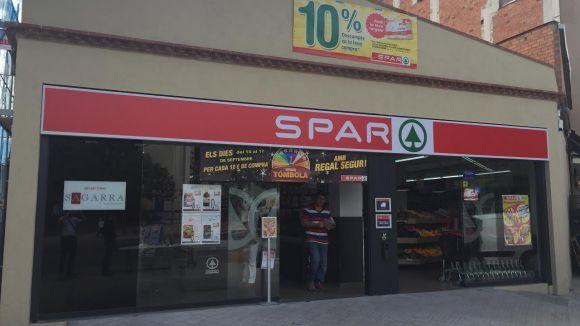 La cadena Spar obre avui el supermercat del carrer de Santa Anna amb set treballadors