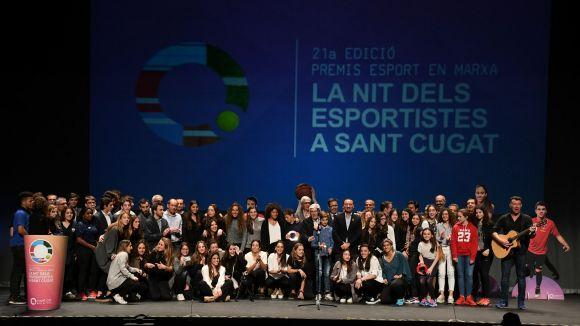 Els protagonistes de la Nit de l'Esport s'uneixen en una gran foto de família a dalt de l'escenari