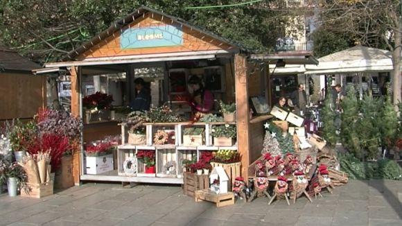 La Fira de Nadal omple la plaça d'Octavià d'ambient i esperit nadalenc