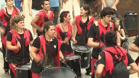 El seguici de Festa Major condensa l'essència de la tradició popular santcugatenca