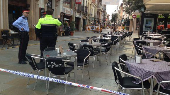 Unes obres provoquen una fuita de gas al carrer Santiago Rusiñol