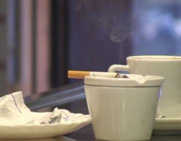 Els bars i restaurants santcugatencs aproven l'ampliació de la llei antitabac