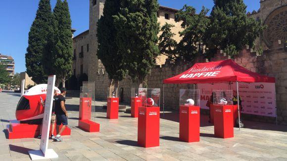La Fundació Mapfre porta a la plaça d'Octavià una mostra per conscienciar sobre l'ús del casc