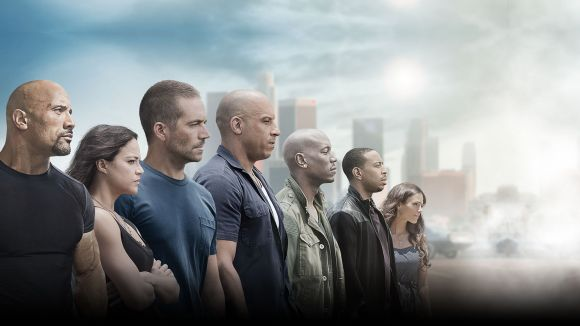 Tornen els cotxes i l'acció amb la 7a entrega de la saga 'Fast & Furious'
