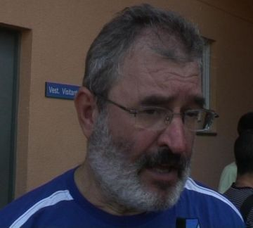 Imatge de l'entrenador blau-i-negre Francesc Puig