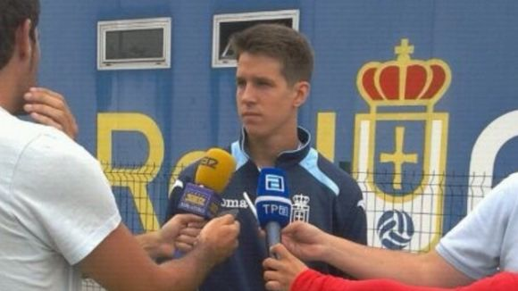 Josep Señé seguirà jugant a l'Oviedo equip del qual ja és propietat