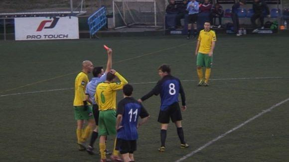 Els gols de Suriol no són suficients perquè el Junior venci l'Olímpic Can Fatjó