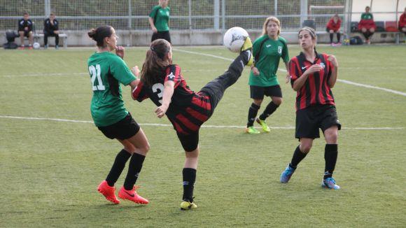 El Sant Cugat Esport femení perd el primer partit a casa davant el Camp Clar