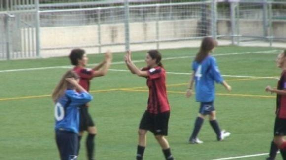El SantCu femení s'estavella contra l'Atlètic Prat