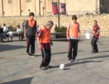 Els jugadors del SantCu-ASDI mostren el seu nivell en un nou acte del programa 'Tots Podem'