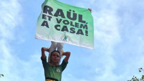 El ple demana l'absolució i l'alliberament dels 'presos polítics'