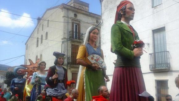Els Gegants de Sant Cugat ballen a Sant Joan de Mediona