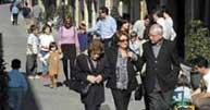 El santcugatenc mitjà té 45 anys i viu al nucli urbà del municipi