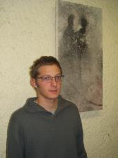 El jove artista exposa una col·lecció titulada 'Natura humana' fins el 10 de febrer