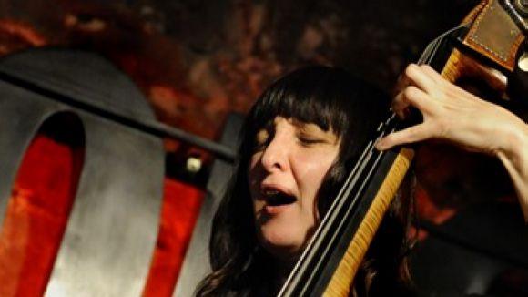Giulia Valle, en una actuació al Jamboree / Foto: Imma Casanellas