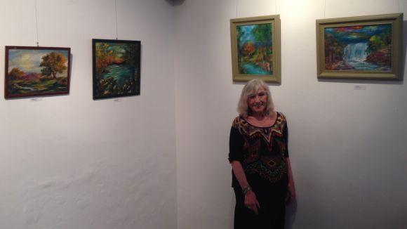 L'artista santcugatenca Glòria Corrons porta els 'Aires d'Irlanda' a Sant Cugat amb una exposició a l'Ateneu