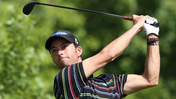 El golfista Agus Domingo es queda a quatre cops de passar el tall a Suïssa