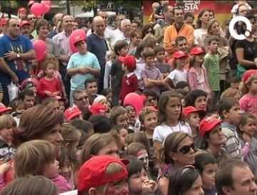 El 'Tot Sant Cugat' celebra amb milers de santcugatencs 25 anys d'implicació a la ciutat