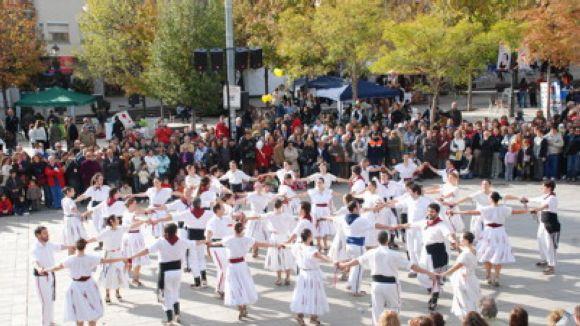 La Trobada d'Esbarts Catalans del Grup Mediterrània se celebra avui, tot i la pluja
